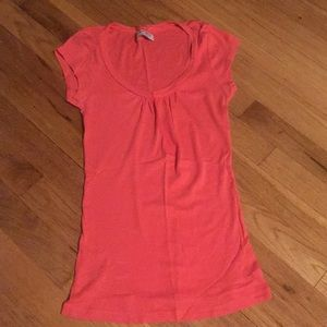 Coral short sleeve top